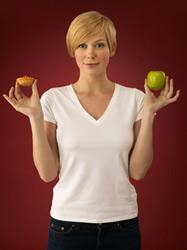 Formas fáciles de ayudarnos a perder peso - 8 Tips para garnarle la batalla a las comidas (parte 2)